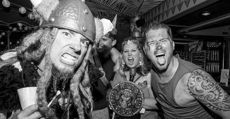 Vikingos en Waikiki (Johnny Silvercloud, Foter)