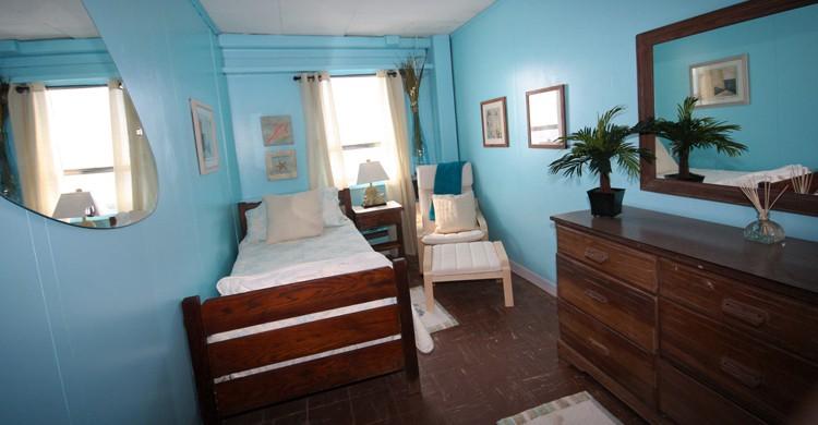 una de las habitaciones del hotel (Frying Pan Tower, Facebook)