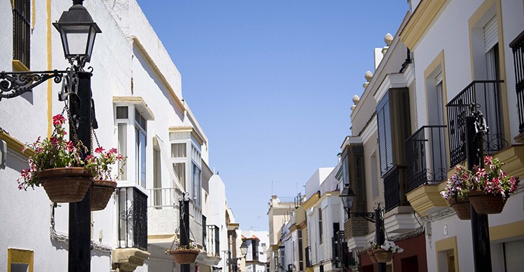 Calle del casco histórico de Rota, Cádiz