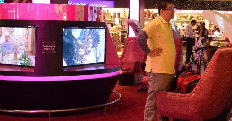 El aeropuerto de Changi cuenta con multitud de zonas de entretenimiento virtual (Fuente: Rabun Warna / Flickr)