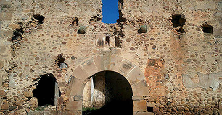 Ermita de Santa Catalina en Cabrera de Almanza, León (Fuente: listarojapatrimonio.com)