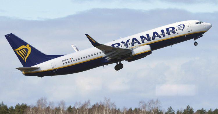 Avión de la compañía de Ryanair (Pixabay)