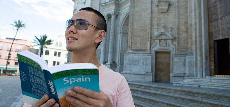 turistas chinos en Sevilla