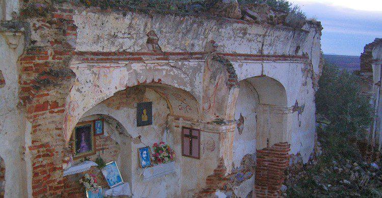 Ermita de la Madre de Dios en la provincia de Badajoz, Extremadura (Fuente: peqarqueologia.blogspot.com)