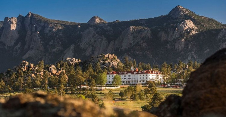 (Web The Stanley Hotel)
