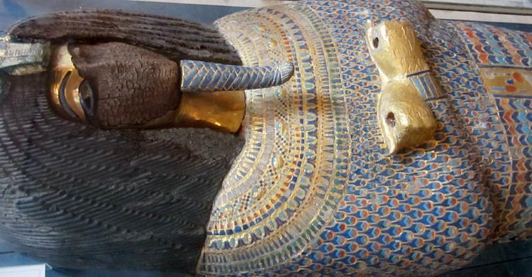 Tumba de KV55 en el Museo Egipcio de El Cairo (A. Parrot, Wikimedia)