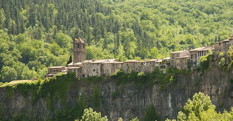 Vistas de Castellfollit de la Roca, Cataluña