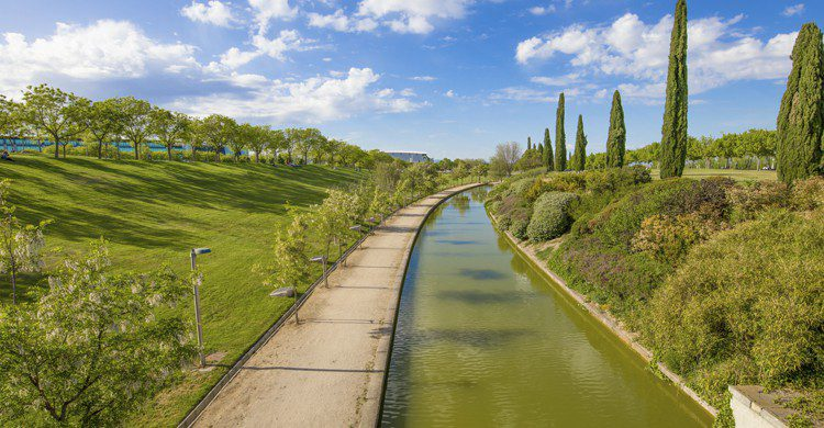Turismo IFEMA Madrid atardecer