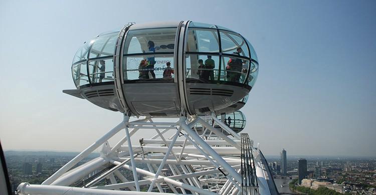 Cabina de la London Eye con pasajeros