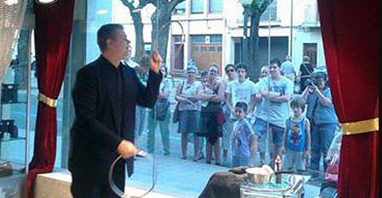 La tienda 3 de Trébol de Barcelona ofrece diferentes espectáculos de magia (Fuente: escuelademagia.net)