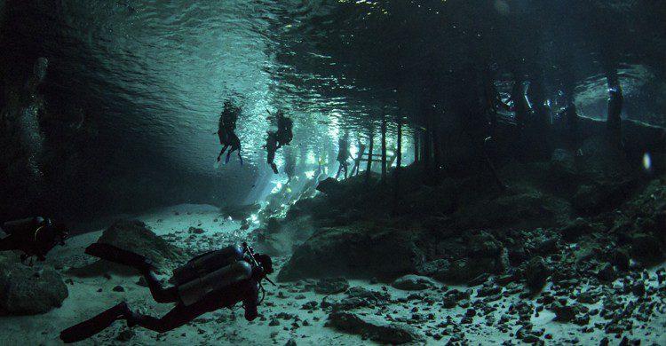 pozas subterraneas más impresionantes