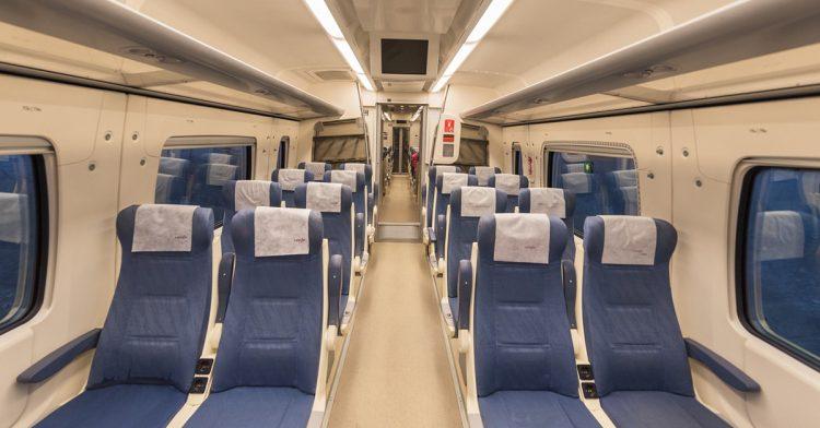Interior de uno de los trenes de Renfe (iStock)
