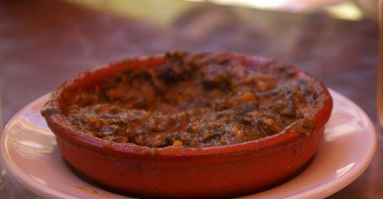 Un plato de garbanzo con espinacas, típico en Andalucía en Cuaresma (Fuente: Amelia Wells / Flickr)