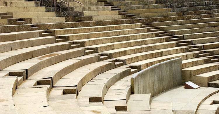 Asientos del teatro romano de Mérida