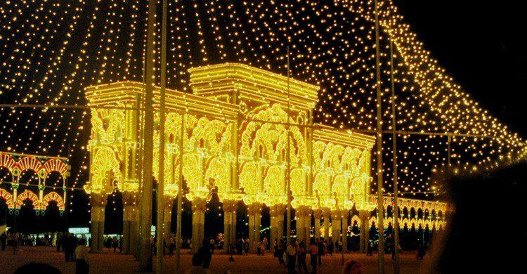 El encendido es uno de los imprescindibles de la Feria de Córdoba (Fuente: Eladio Osuna )