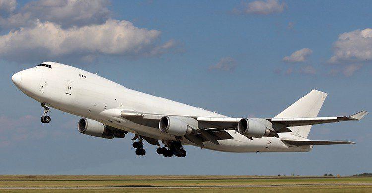 El vuelo pudo continuar su trayecto tras seis horas (iStock)