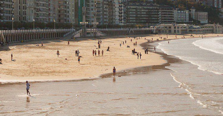 Las playas vascas, un paraíso para pasear y observar (Fuente: Luis Herram / Flickr)