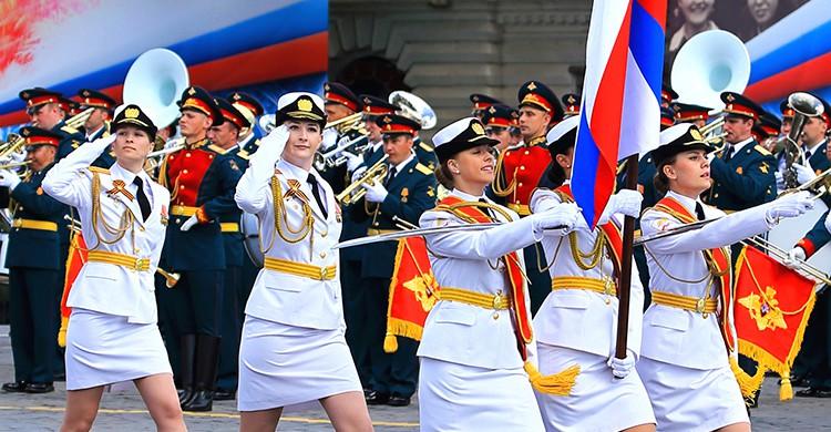 Un desfile militar en la Plaza Roja de Moscú