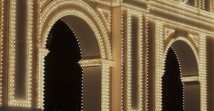 La portada de la Feria de Granada (Fuente: Flickr / Landhalauts)