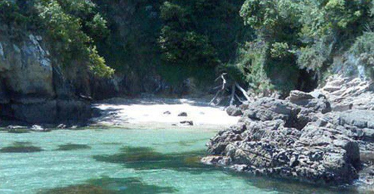 Playa de Armenteiro en A Coruña, Galicia (Fuente: playas.es)