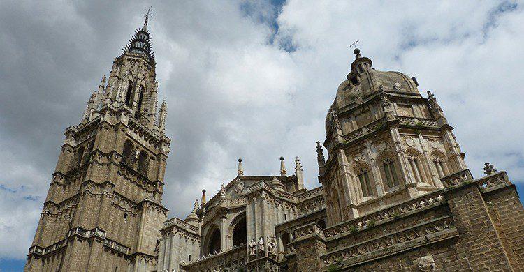 Desde su magnifica torre se puede apreciar una vista de Toledo preciosa. (iStock)