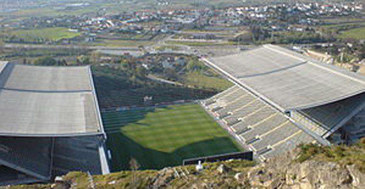 Estadio Municipal de Braga en Portugal (Fuente: wikipedia)
