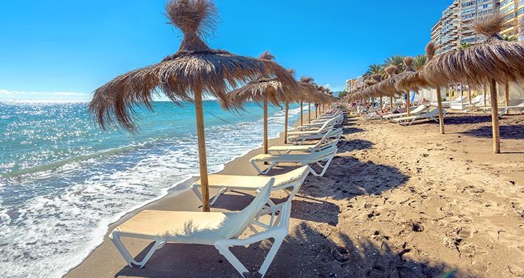 como reservar sitio en la playa