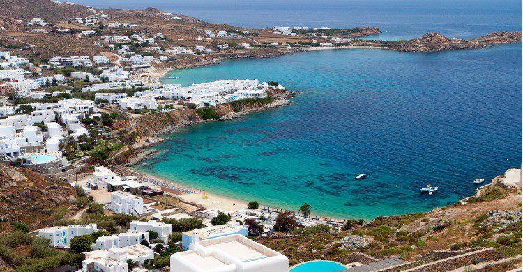 Playa de Psarou en Mykonos, Grecia (Fuente: iStock)