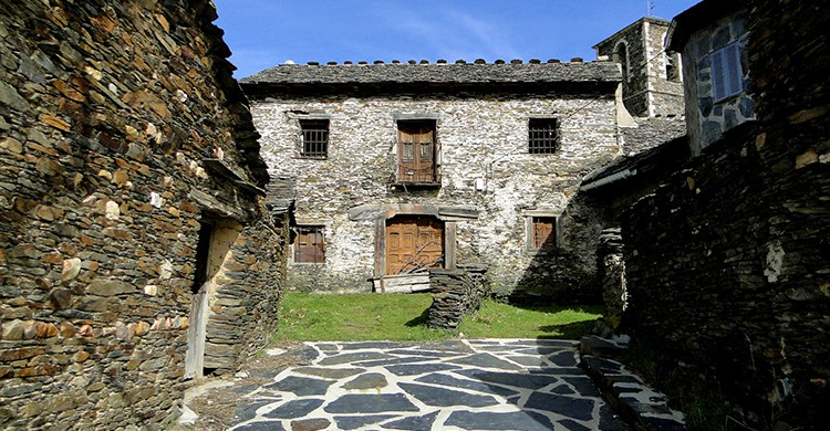 Campillo de Ranas (Santiago López Pastor, Flickr)