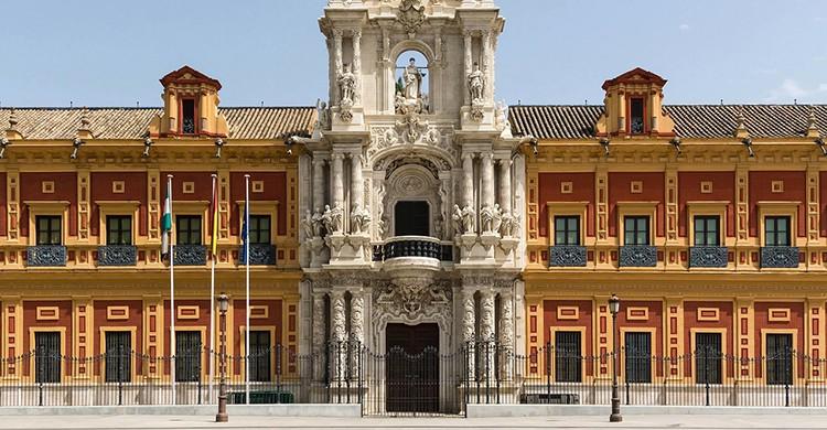 Una de las arquitecturas mas impactantes, el Palacio de San Telmo (Pixabay)