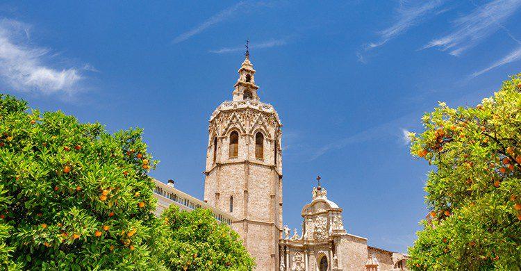 El Miguelete se encuentra en la torre de 60 metros de la Catedral, la Seu. (iStock)
