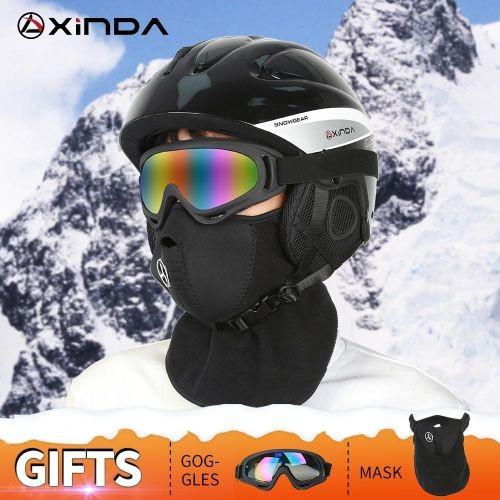 Los complementos de nieve imprescindibles para esta temporada-casco
