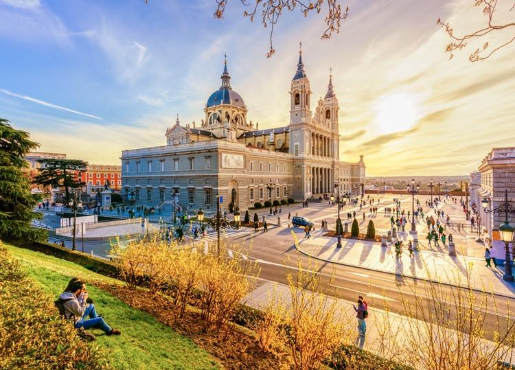 Madrid, la ciudad que nunca duerme. Foto: iStock