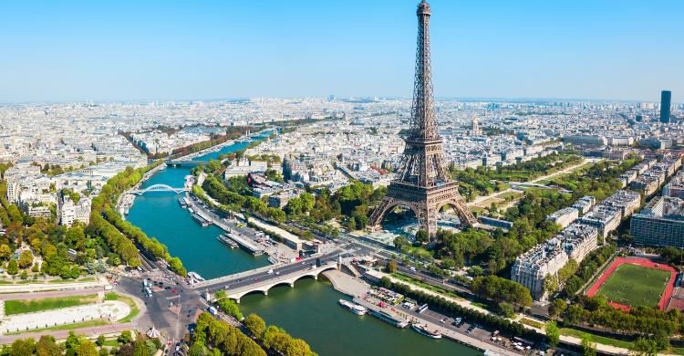 Distintas conexiones desde París a ciudades de España, Europa y África del Norte (iStock).